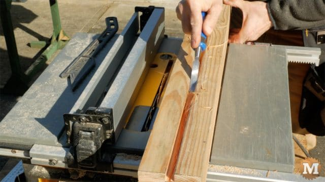 MAN about TOOLS - firewood cutting jig - clear groove in support