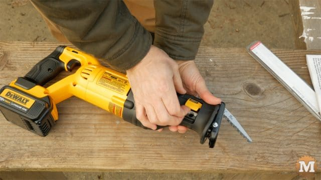 Pruning reciprocating saw insert blade