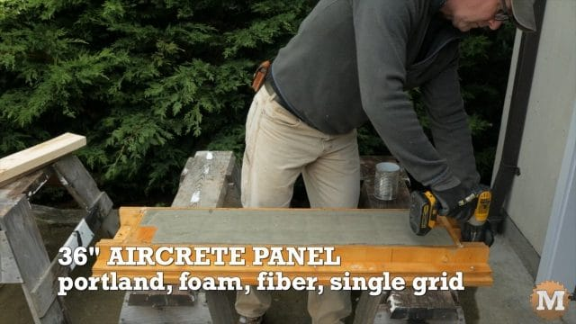 Stripping aircrete panel from mold