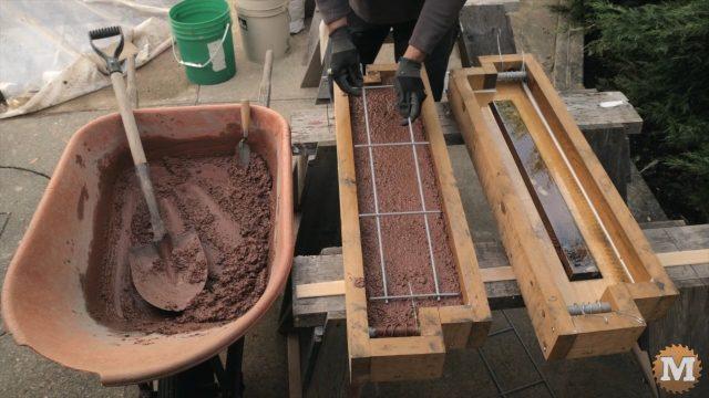 adding hog panel reinforcement grid to wet perlite concrete