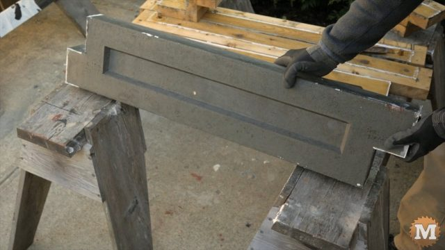 Finished cast Lightweight Perlite CSA Concrete garden panel