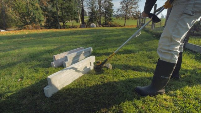 line trimmer test of surface durability