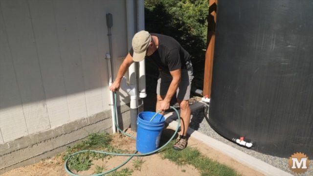 draining the rainwater tank system