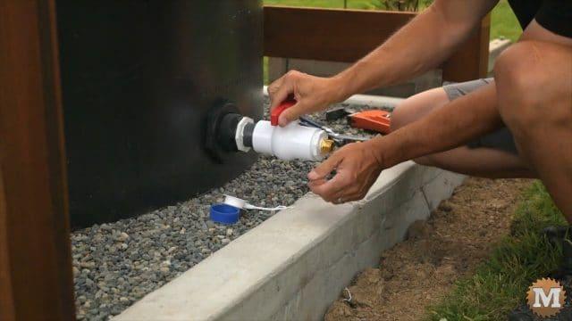 adding large ball valve to bulkhead fitting on tank