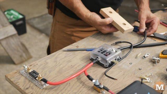 diy holder for DC shunt to negative side of battery